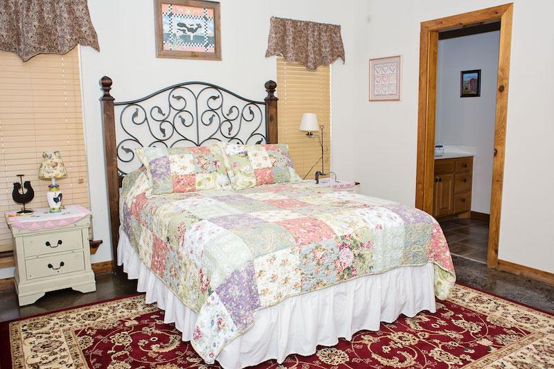 Room Rhode Island Red3