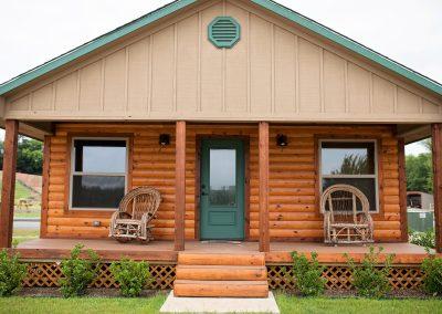 Big Hoss cabin to rent in Canton, Texas