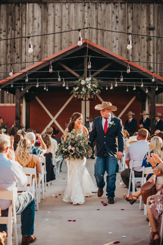 Outdoor ceremony at the Silver Spur Resort